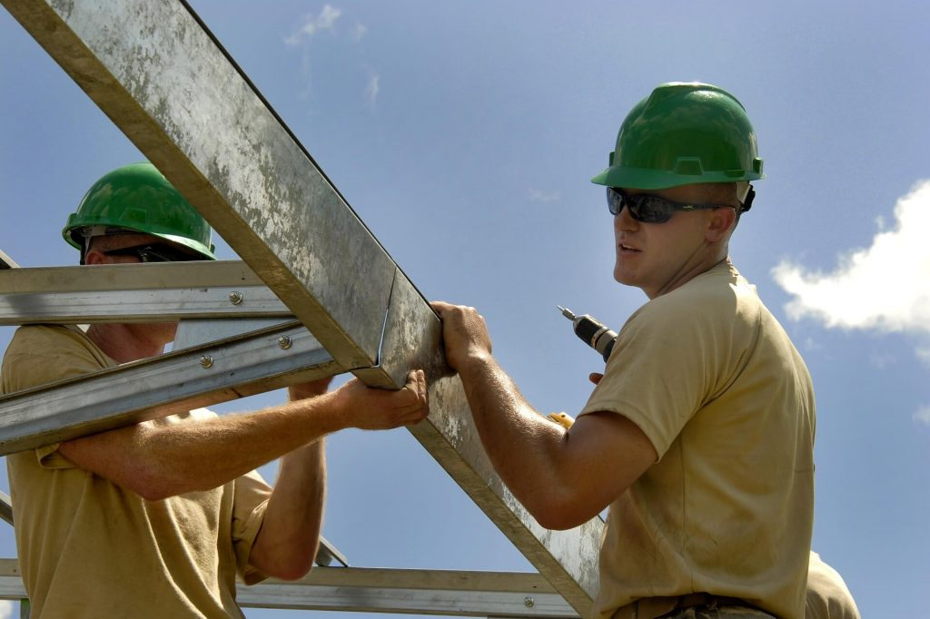 local roofers michigan