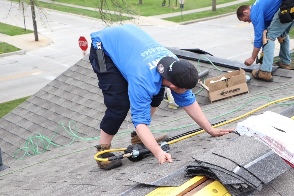 roofing service in plymouth mi