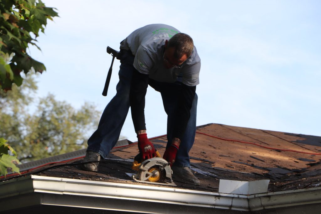 Roof repairing Cost Estimates in Downriver Michigan